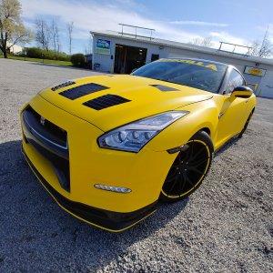 Godzilla GTR Nissan Matte Yellow 3M Wrap